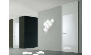 Глянцеві двері: переваги у повсякденні